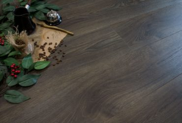 Features choice of vinyl flooring in the interior