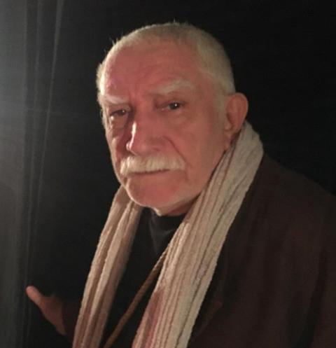 Армен Джигарханян готов оставить свой театр