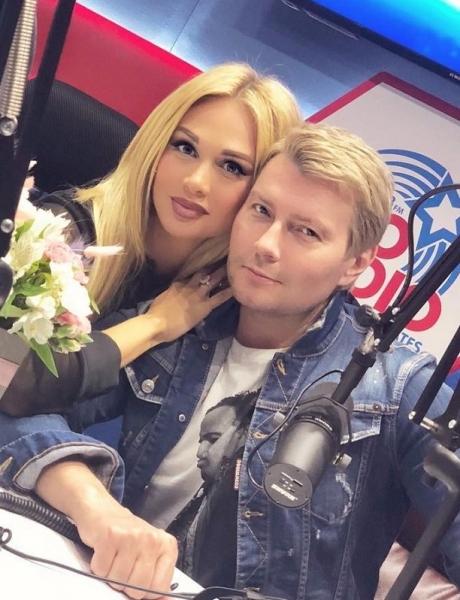 Новая фото не оставила сомнений в беременности Виктории Лопыревой