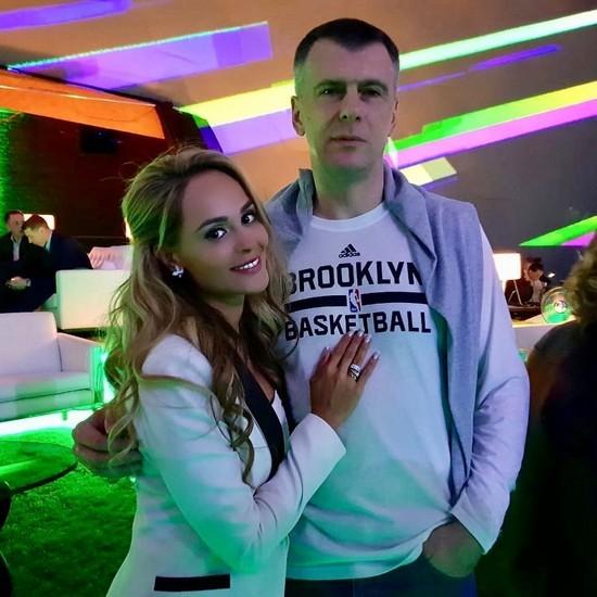 Собчак и Прохоров ушли в отрыв на шикарной вечеринке с Робби Уильямсом