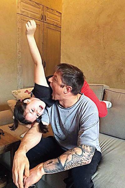 Варя Макарова: «Папа постоянно меня смешит»
