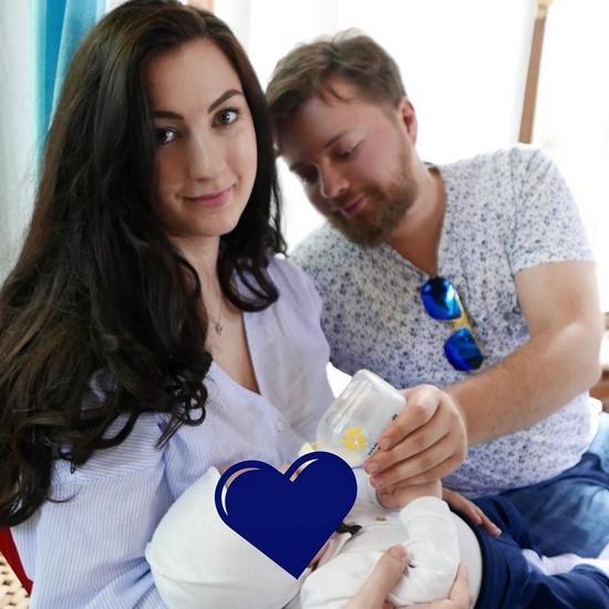 Леонид Парфенов умилил идиллией с новорожденным внуком