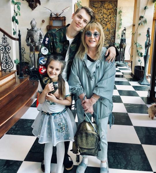 Кристина Орбакайте рассказала о конфликтах с дочерью