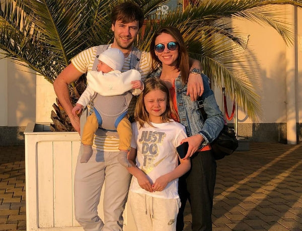 Избранница Ивана Жидкова заявила о расставании с ним
