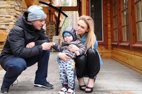 Милана Кержакова: «Я наркоманка! Поэтому Саша забрал сына»