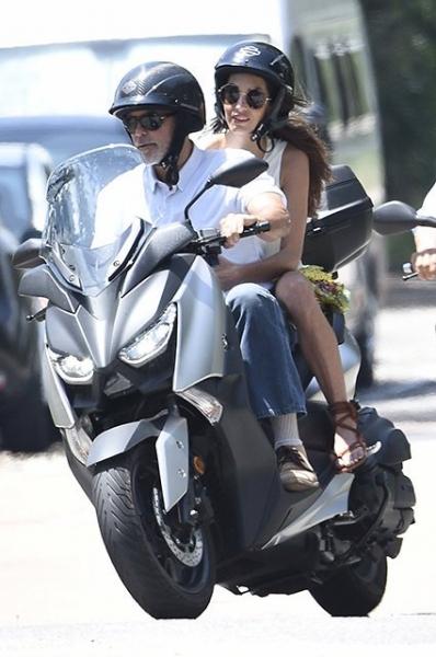 Как проводят время Амаль и Джордж Клуни на Сардинии?