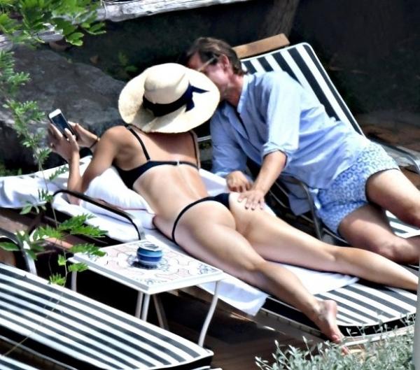 Бойфренд занялся с Марией Шараповой любовью на пляже