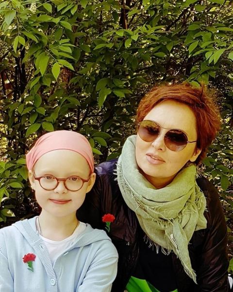 Елена Ксенофонтова публично унизила гражданского мужа