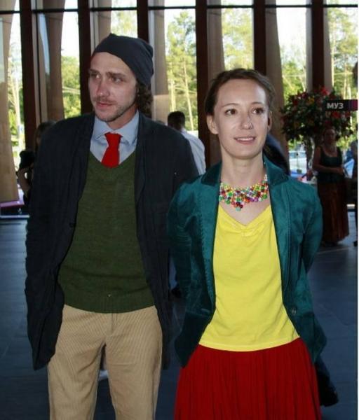 Появилась правдивая информация о бракосочетании Чулпан Хаматовой и Александра Шейна
