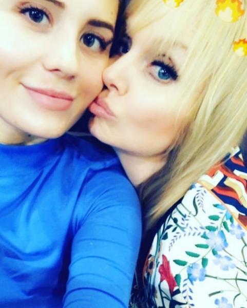 Поклонники считают, что Валерия выглядит гораздо лучше своей дочери