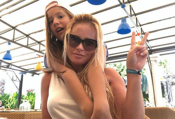 Дочь Даны Борисовой призналась, что хочет остаться с мамой