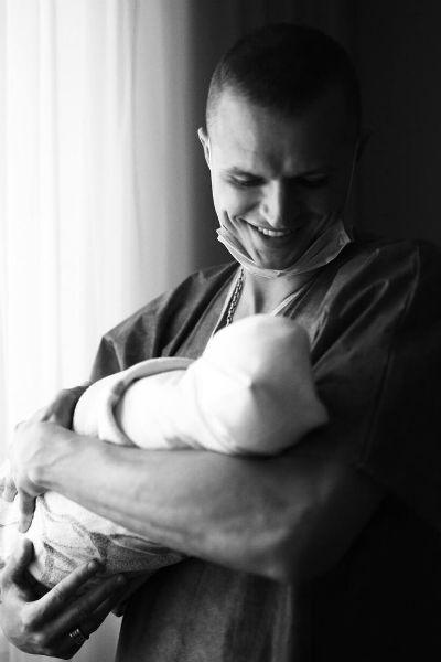 Тарасов и Костенко стали родителями
