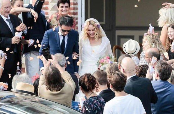 Ванесса Паради сочеталась узами брака
