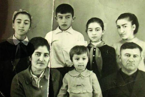 Станиславу Черчесову устроят шикарное застолье на родине