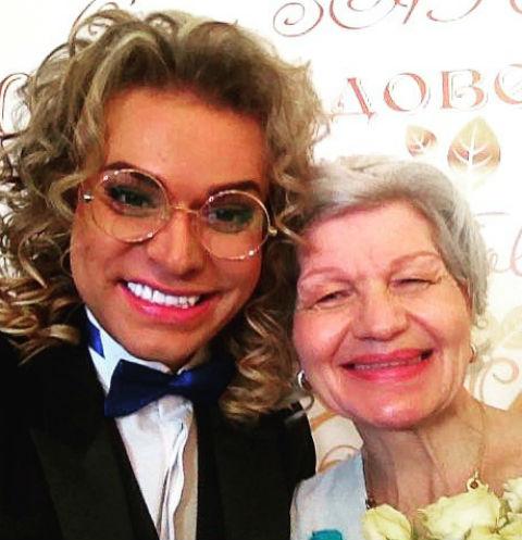63-летняя жена Гогена Солнцева хочет, чтобы ее дочь стала суррогатной мамой их ребенка
