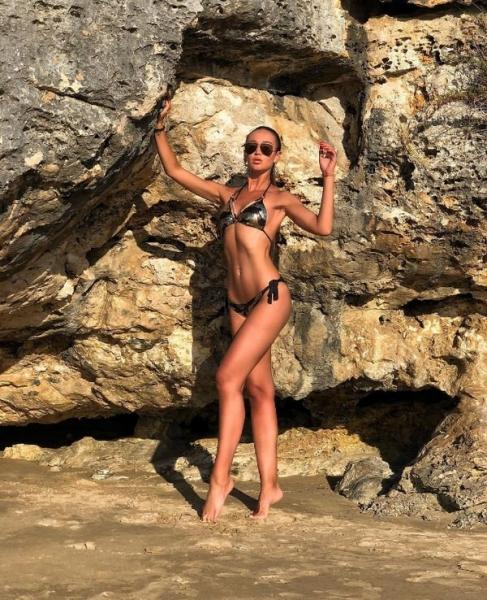 Фигура Ольги Бузовой в купальнике привела в восторг ее фанатов
