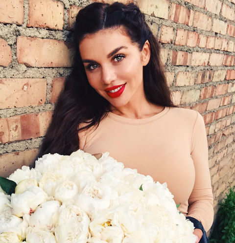 У Анны Седоковой случился нервный срыв из-за судов с бывшим мужем
