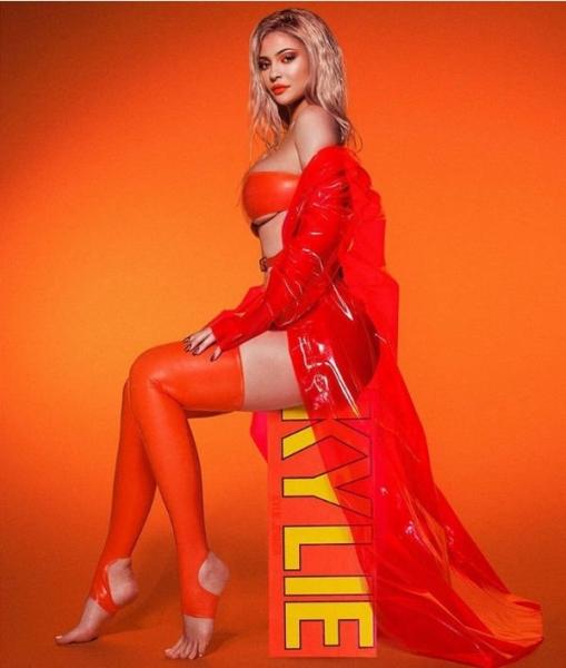 Кайли Дженнер решилась на кардинальное преображение внешности