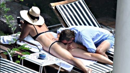 Мария Шарапова и Александр Гилкс отдыхают в Италии: откровенные фото