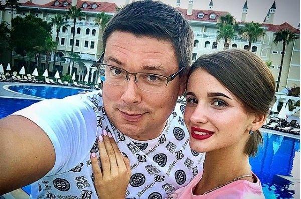 Андрей Чуев выдвигает жесткие требования к своей семье