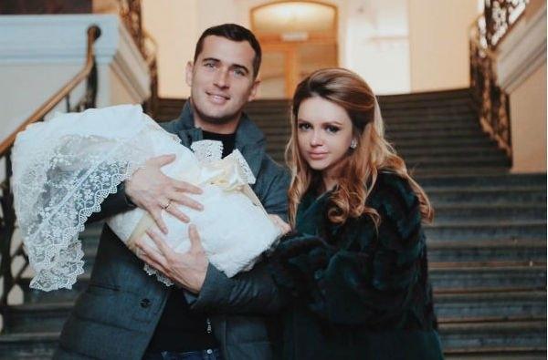 Милана Кержакова надеется на то, что супруг позволит сыну жить с ней