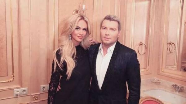 Николай Басков красиво простился с Викторией Лопыревой