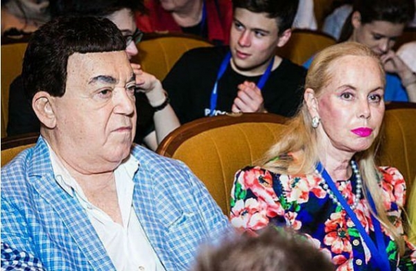 Александр Розенбаум пытается побороть онкологическое заболевание
