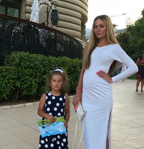Таня Терешина ждет второго ребенка