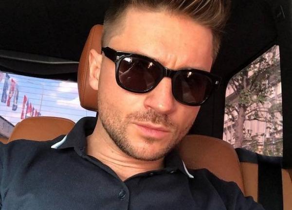 Сын Сергея Лазарева оказался невольным участником гей-скандала