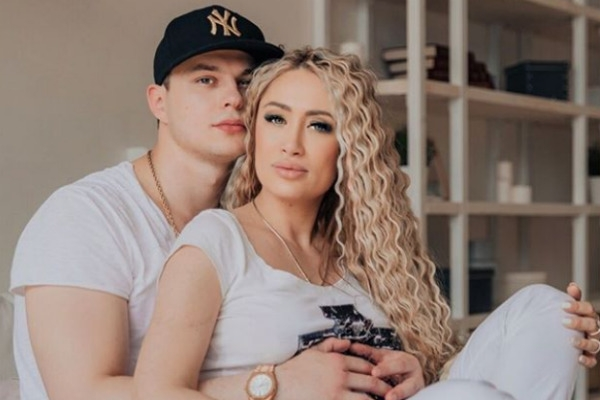 Звезда «ДОМа-2» Алена Ашмарина стала мамой во второй раз