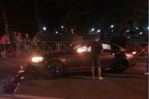 Федор Смолов разбил в ДТП машину за девять миллионов рублей