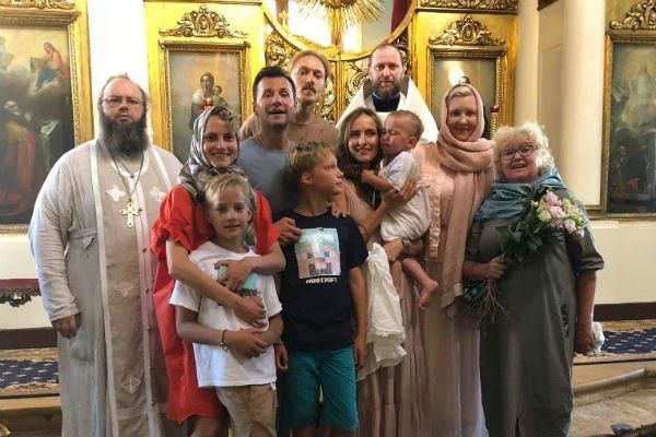 Бывшая невестка Татьяны Васильевой крестила сына