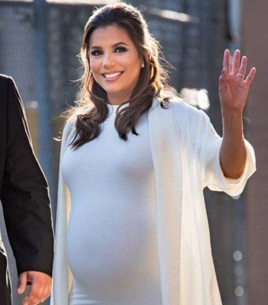 Ева Лонгория восхитила внешним видом, спустя 1.5 месяца после родов