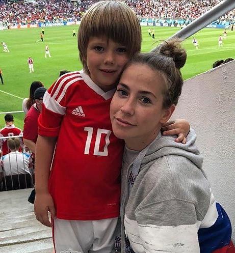 Младший сын довел Юлию Барановскую до слез