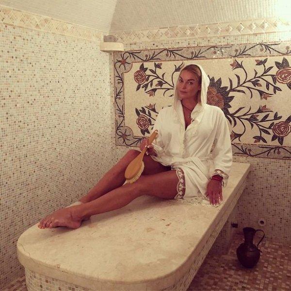 Стало известно, сколько зарабатывает Анастасия Волочкова  «за ночь»