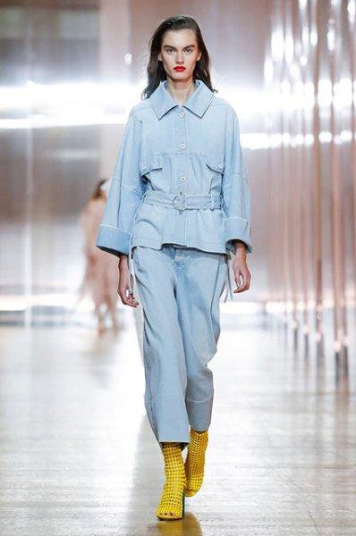 Неделя моды в Париже: Наталья Водянова, Рената Литвинова и другие на показах Balenciaga и Poiret