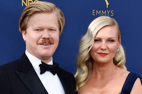 Кирстен Данст и Джесси Племонс впервые после рождения певренца на Emmy