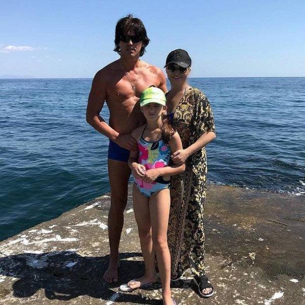 Катя Лель опубликовала видео на море в купальнике