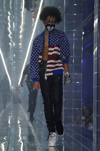 Неделя моды в Милане: показы Philipp Plein и Salvatore Ferragamo сезона весна/лето-2019