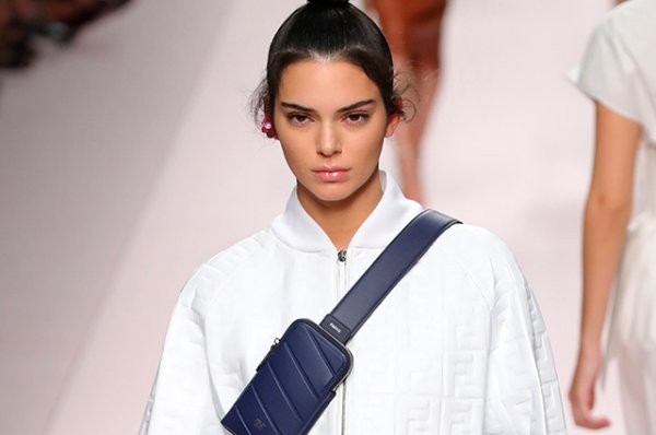 Неделя моды в Милане: Кендалл Дженнер, Белла Хадид и другие на показе Fendi