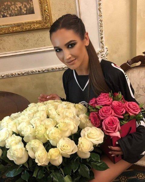 "Жених устроил драку на проекте ""Замуж за Бузову"" (видео)"