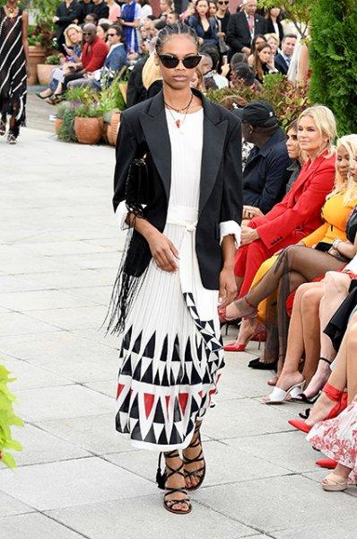 Неделя моды в Нью-Йорке: Кайя Гербер и Амбер Валетта на показе Proenza Schouler, Белла Хадид — на Oscar de la Renta