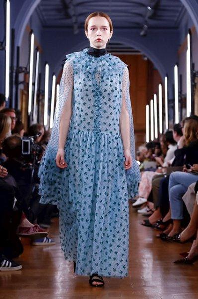 Неделя моды в Лондоне: показы Roland Mouret, Erdem и Christoper Kane сезона весна/лето-2019