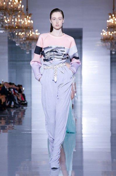 Неделя моды в Париже: Кара Делевинь, Наташа Поли, Елена Перминова и Алессандра Амбросио на показе Balmain