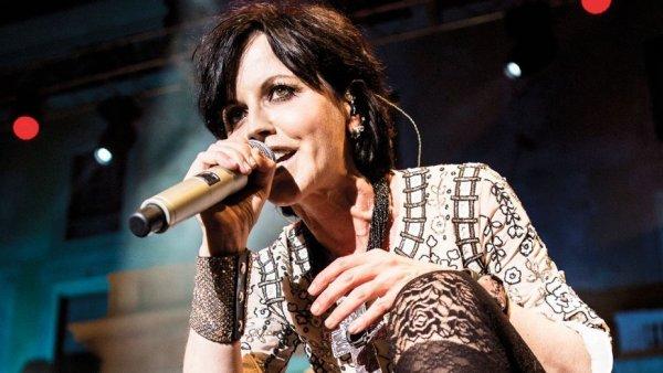 Стала известна истинная причина загадочной смерти певицы Долорес О'Риордан