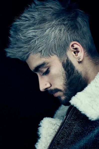 Седина в бороду, бес в ребро: нужно ли мужчинам красить волосы