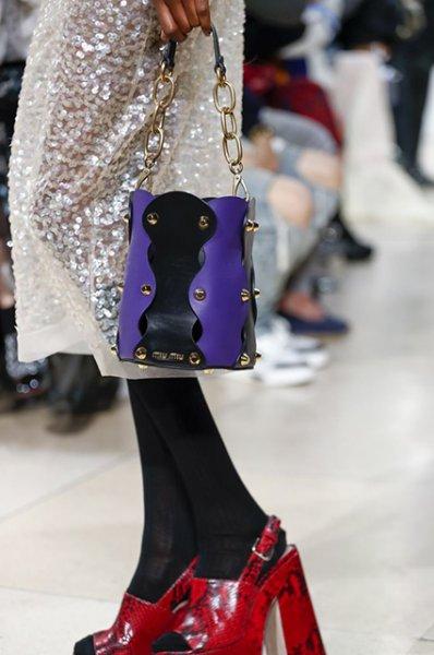 Неделя моды в Париже: Кейт Мара, Кайя Гербер, Поппи Делевинь и другие на показе Miu Miu сезона весна/лето-2019