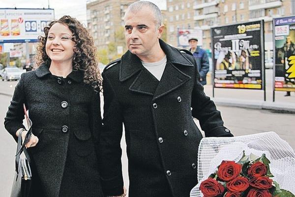 Wife of Arthur Martirosyan, personal life