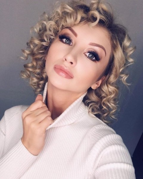 """Марго Овсянникова из Дом-2 снимает клип на песню """"Бомбовая"""""""