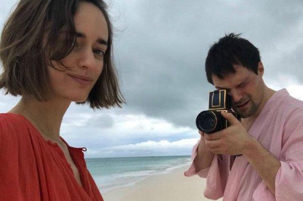 Данила Козловский показал совместные фото с Ольгой Зуевой из отпуска